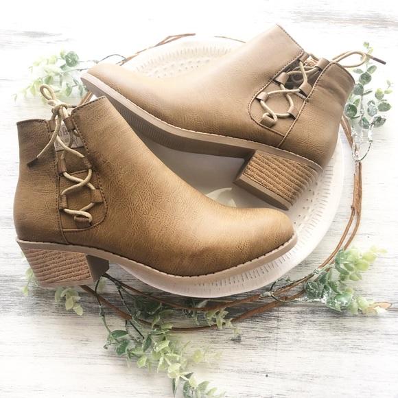 "0117eecc587f Ankle booties 3"" heel. NWT. steven ella"